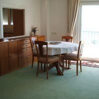 Charnille - Dining area